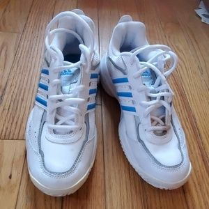 Adidas tennis shoes size 6 1/2